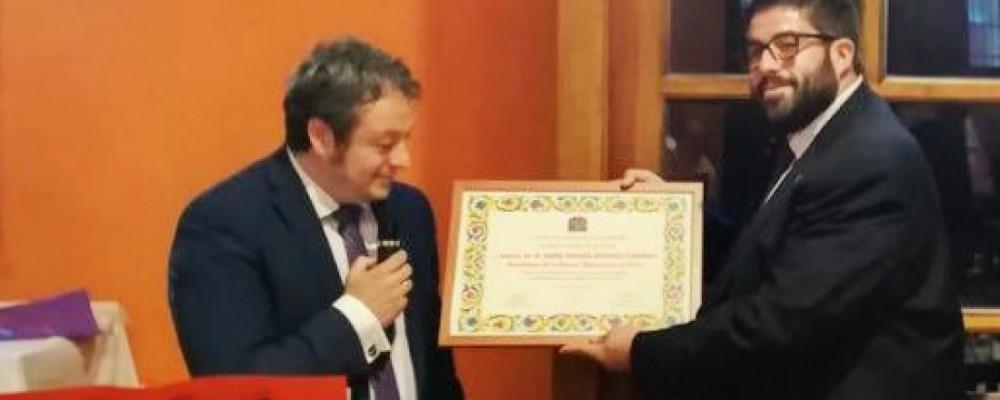 El presidente de la Diputación Provincial recibe el nombramiento de Socio de Honor de la Casa de Ávila en Valladolid
