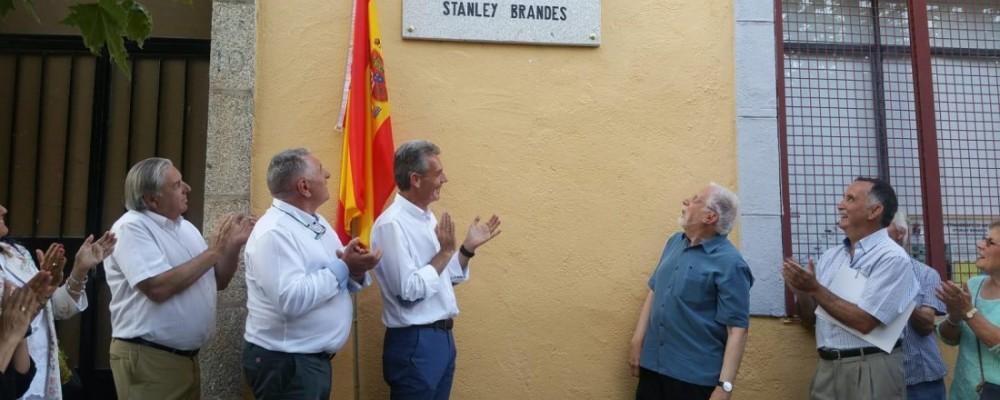 El presidente en funciones de la Diputación de Ávila asiste a la inauguración del Museo Etnográfico 'Stanley Brandes' en Becedas