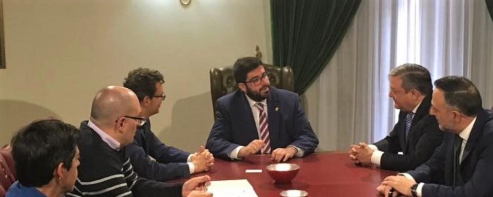 La Diputación de Ávila suscribe un convenio con Caja España para apoyar la labor del Organismo Autónomo de Recaudación