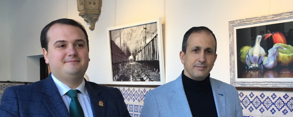 Jose Antonio Fontal muestra sus fotografías en color y en blanco y negro en el Torreón de los Guzmanes con el título 'Life is Art'