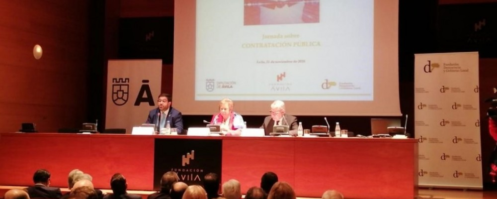 Un centenar de trabajadores de la Administración se forma en contratación pública con la Diputación de Ávila y la Fundación Democracia y Gobierno Local