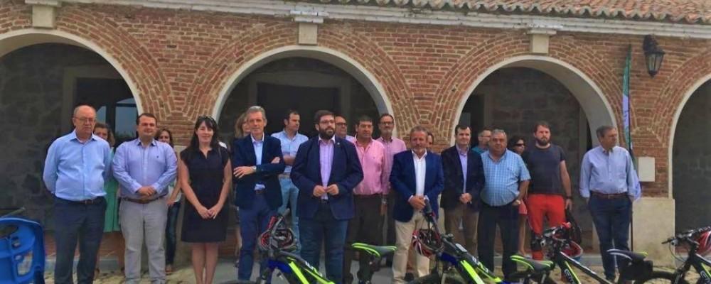 La Diputación de Ávila impulsa recorridos sostenibles por la Sierra de Gredos con diez bicicletas eléctricas