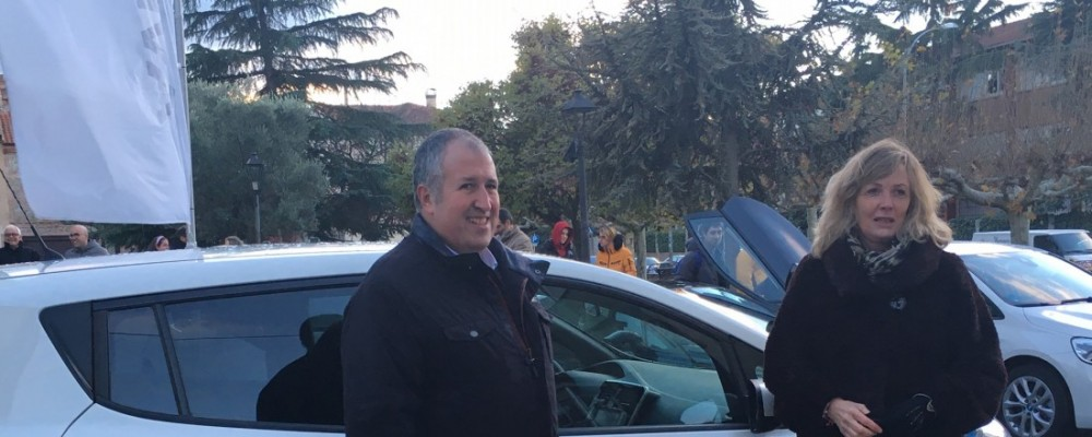 La Diputación de Ávila adquiere un coche eléctrico para impulsar itinerarios verdes por la Sierra de Gredos