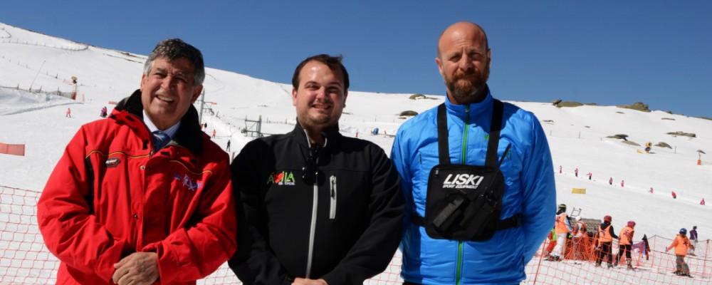El Programa de Esquí de la Diputación de Ávila inicia en la práctica de este deporte a más de 150 escolares de la provincia
