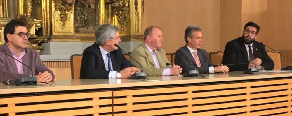 La Diputación aumentará el presupuesto destinado al mantenimiento y mejora de los centros de mayores en la provincia
