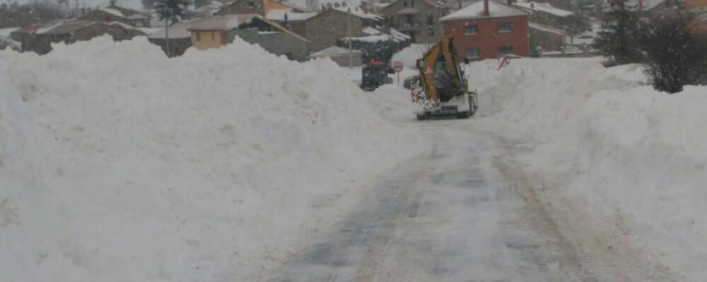 El operativo de vialidad invernal actúa en 150 carreteras de la red provincial