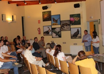 Empresarios y asociaciones conocen el proyecto Moveletur en la primera jornada del tour eléctrico en la provincia de Ávila (2º Fotografía)