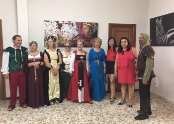 La presidenta en funciones de la Diputación de Ávila inaugura el VII Mercado Medieval de Peguerinos (3º Fotografía)