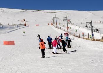 El Programa de Esquí de la Diputación de Ávila inicia en la práctica de este deporte a más de 150 escolares de la provincia (2º Fotografía)