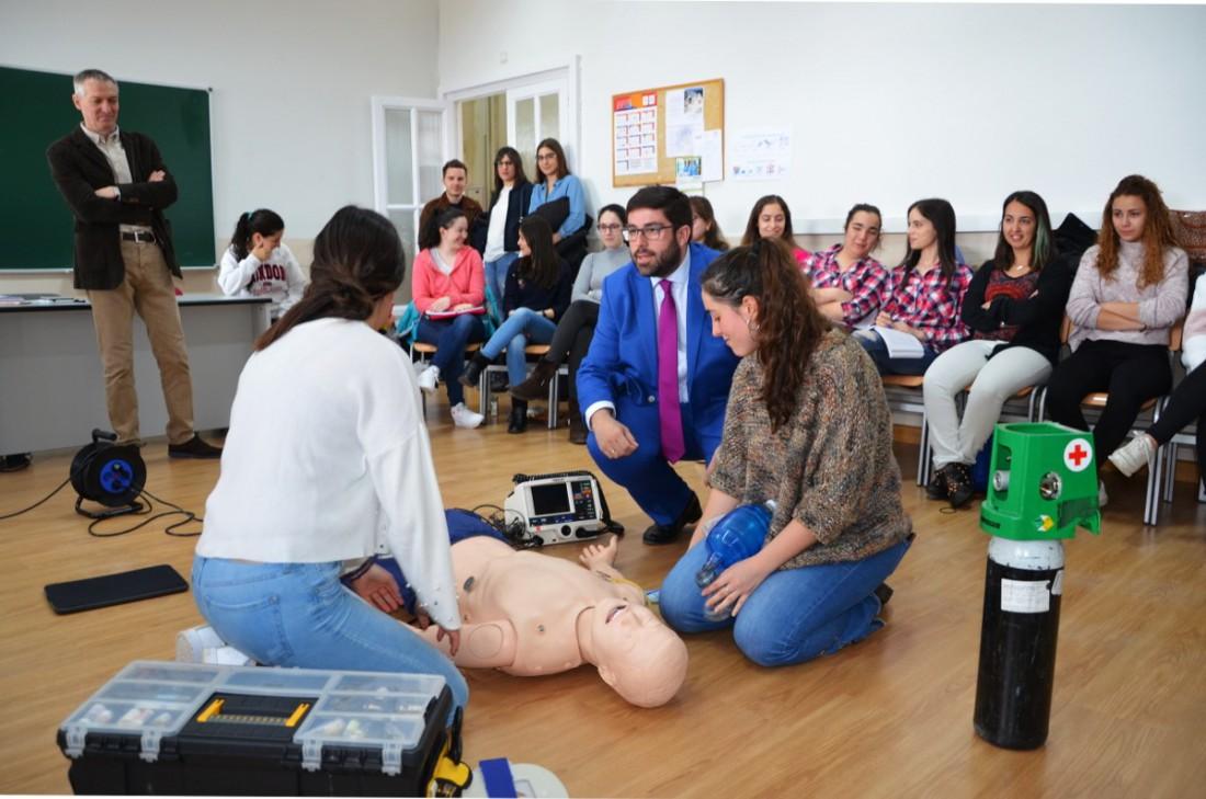 Lujo Muestra Gratis De La Enfermera De La Escuela Cresta - Ejemplo ...