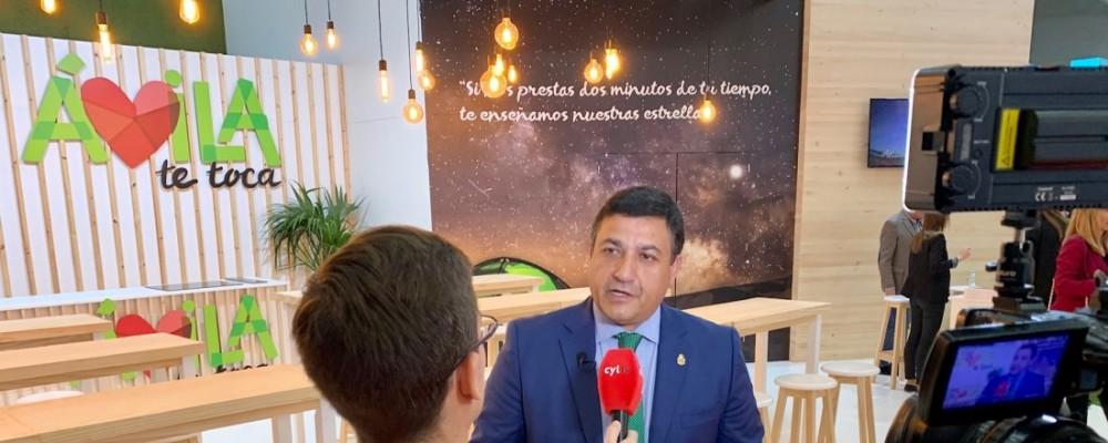 """El presidente visita Intur para apoyar """"las fortalezas y riquezas turísticas de la provincia"""""""