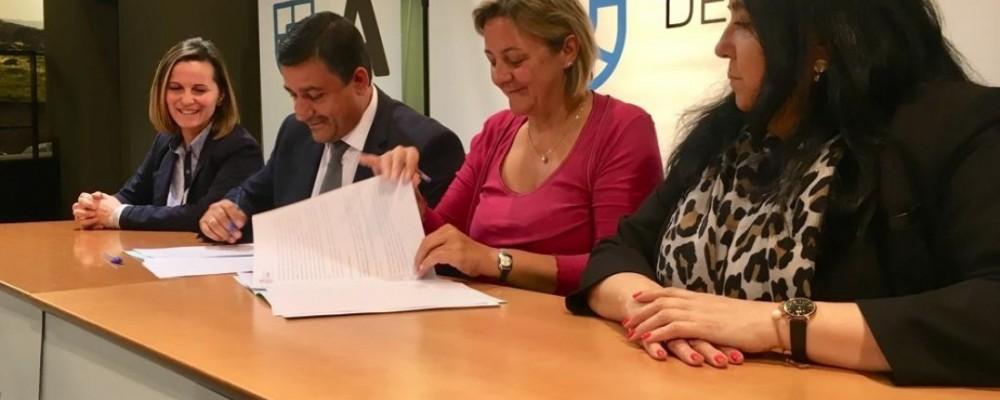La Diputación firma un convenio de colaboración con la Asociación de Familiares de Enfermos de Alzheimer de Ávila