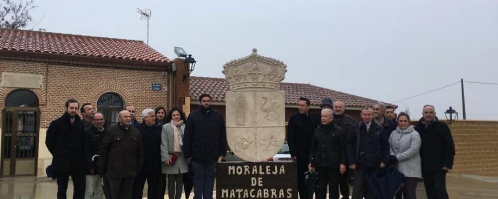 Moraleja de Matacabras estrena escudo y bandera para reflejar la historia del municipio
