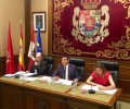 Foto de El Pleno de la Diputación insta a la Junta a dotar de más medios a las tareas de prevención de incendios