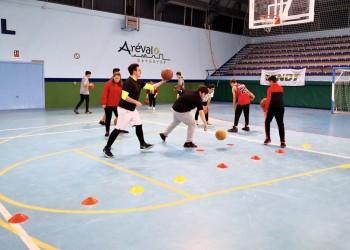 El Tiemblo, Arévalo y Natrávila acogen a casi 350 niños en la jornada de Juegos Escolares de la Diputación (2º Fotografía)