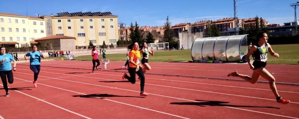 El atletismo y la Ciudad Deportiva de Ávila, protagonistas de los Juegos Escolares Provinciales