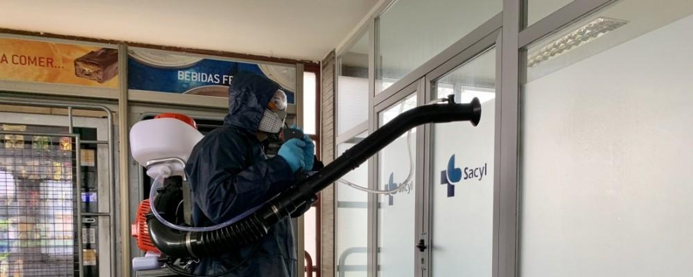 La Diputación desinfecta el Hospital Ntra. Sra. de Sonsoles de la capital abulense