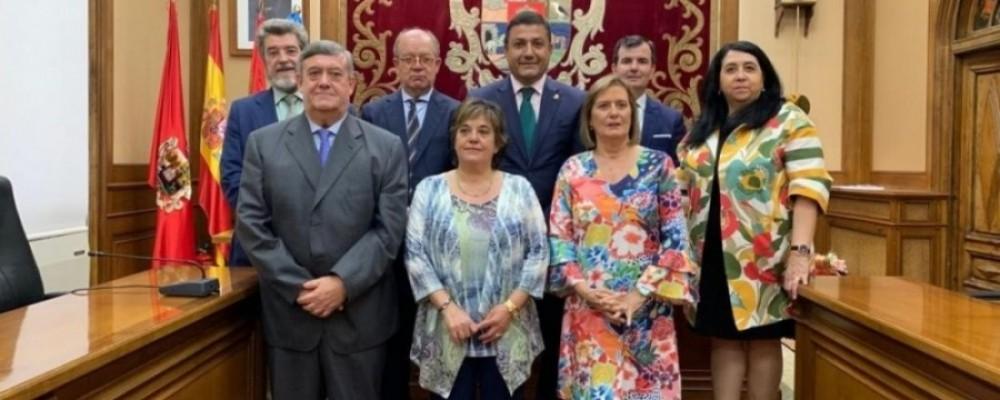 El presidente felicita a los trabajadores de la Diputación por la festividad de Santa Rita