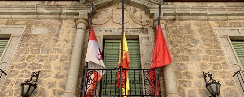 Finaliza, tras 71 días, el luto decretado por la Diputación en recuerdo a los fallecidos durante el estado de alarma
