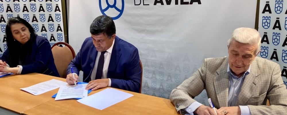 """La Diputación renueva su convenio con el Banco de Alimentos para que """"repercuta en un mayor bienestar de tantas familias abulenses necesitadas"""""""