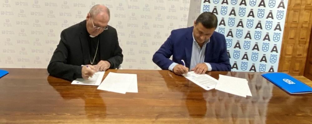 La Diputación y el Obispado renuevan el compromiso para seguir conservando templos en el medio rural