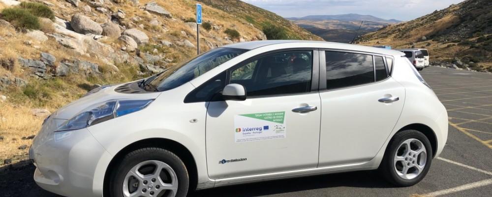 El vehículo eléctrico de la Diputación llevó la movilidad sostenible a Gredos en agosto