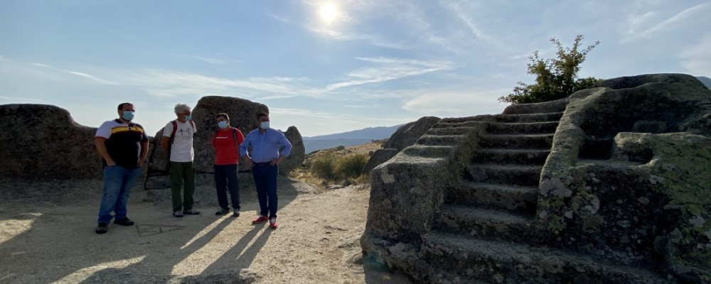 """El presidente visita Ulaca: """"Daremos continuidad al compromiso con la historia y la cultura vetonas"""""""
