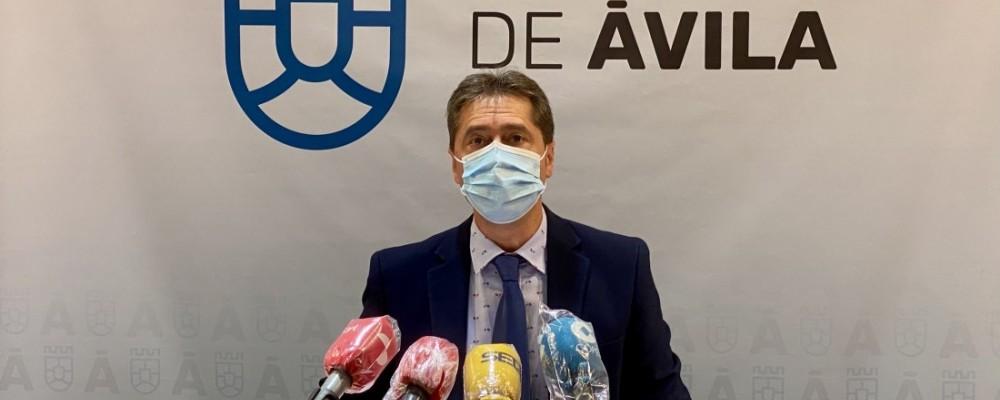 """La Diputación valora """"el gran esfuerzo del sector"""" para hacer de Ávila la primera provincia en turismo rural del interior de España en agosto"""
