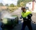 Foto de La Diputación pone en marcha un programa de desinfección exhaustiva de contenedores de basura