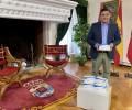Foto de El Hogar de Ávila en Madrid dona mil mascarillas a la Diputación Provincial