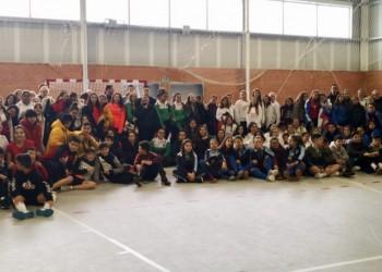 Voleibol y fútbol sala arrancan en Las Navas del Marqués con 150 escolares de toda la provincia (3º Fotografía)