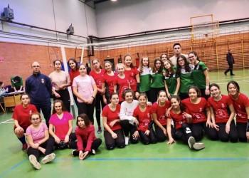 Cadetes y juveniles se unen a la competición de fútbol sala en El Barco de Ávila (4º Fotografía)