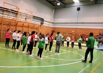 Cadetes y juveniles se unen a la competición de fútbol sala en El Barco de Ávila (2º Fotografía)