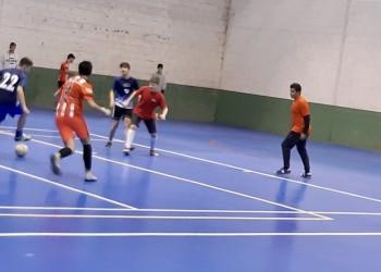 Cadetes y juveniles se unen a la competición de fútbol sala en El Barco de Ávila (3º Fotografía)