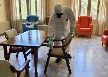 La Diputación actúa desinfectando veinte espacios durante la jornada del martes (2º Fotografía)