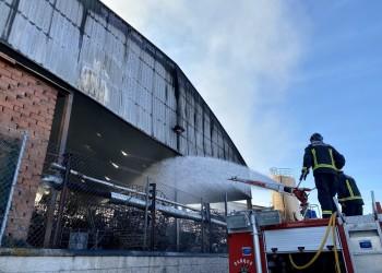 """El presidente agradece el trabajo """"de profesionales y voluntarios"""" en la extinción del incendio de San Pedro del Arroyo (3º Fotografía)"""