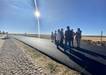 Casi 300.000 euros para mejorar la carretera que une las localidades morañegas de Horcajo y Madrigal (2º Fotografía)