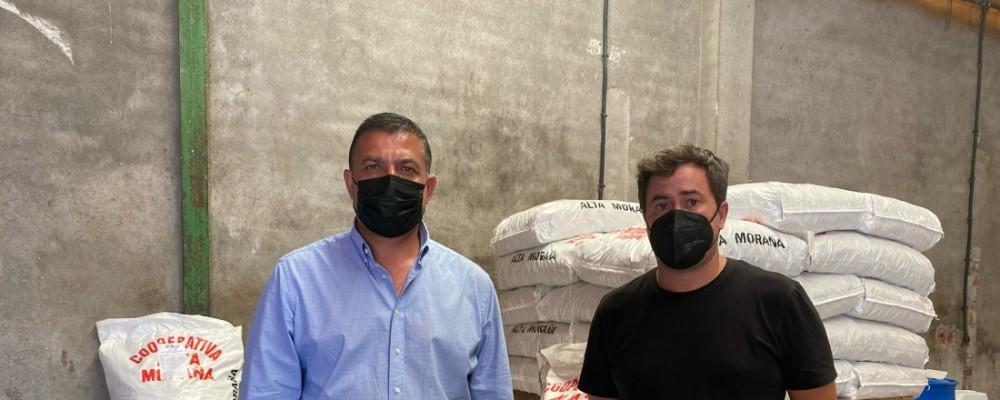Carlos García agradece las donaciones que están llegando de toda España para los ganaderos afectados por el incendio