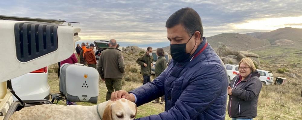 """Carlos García considera que la rebaja de las licencias de caza y pesca """"es muy positiva para la provincia"""""""