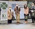 Foto de Los ganadores del sorteo 'Auténticos productos de Ávila' recogen sus premios en el Torreón de los Guzmanes