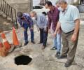 Foto de La Diputación sufraga el 50% del coste de las obras para evitar el derrumbe de una calle de Santa Cruz del Valle
