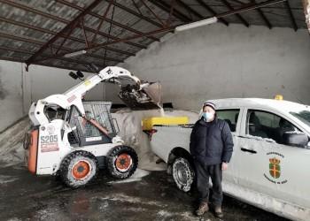 140.000 kilos de fundentes esparcidos este sábado contra la nevada de la borrasca Filomena (3º Fotografía)