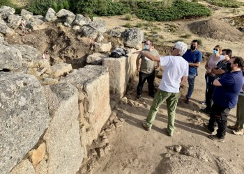 La excavación 2021 en 'El Torreón' de Ulaca sigue buscando descubrir la función que tuvo el edificio (3º Fotografía)