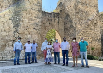 La Diputación se interesa por el modelo agroturístico del cultivo de la lavanda en Brihuega (2º Fotografía)