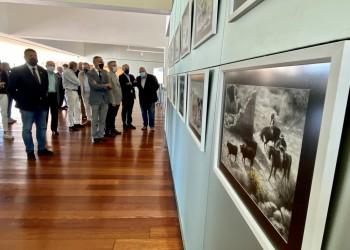 El presidente llama a colaborar con la ganadería en la inauguración del Concurso-Subasta de Raza Avileña-Negra Ibérica (3º Fotografía)