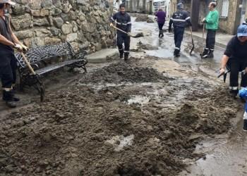 Más de cien operarios de la Diputación se despliegan para limpiar los destrozos causados por las lluvias (3º Fotografía)
